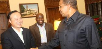 坦桑尼亚总统会见鑫海董事长