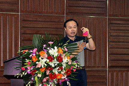 鑫海矿装董事长张云龙先生